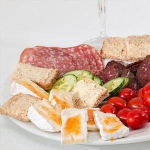 Käse- und Wurstplatte